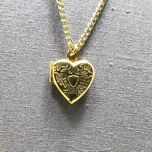 Vintage small locket heart necklace gold